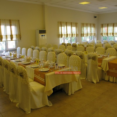 sandalye giydirme düğün salonu tekstil